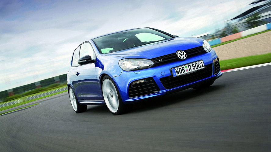 Volkswagen Golf R & Scirocco R hit the Racetrack [video]