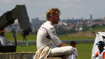 Heidfeld/Mercedes deal not announced on Monday