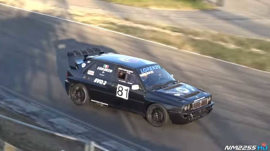 Lancia Delta HF Integrale Evo rodando en pista