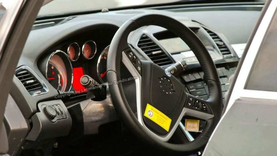 Opel Vectra Interior Spy Photos
