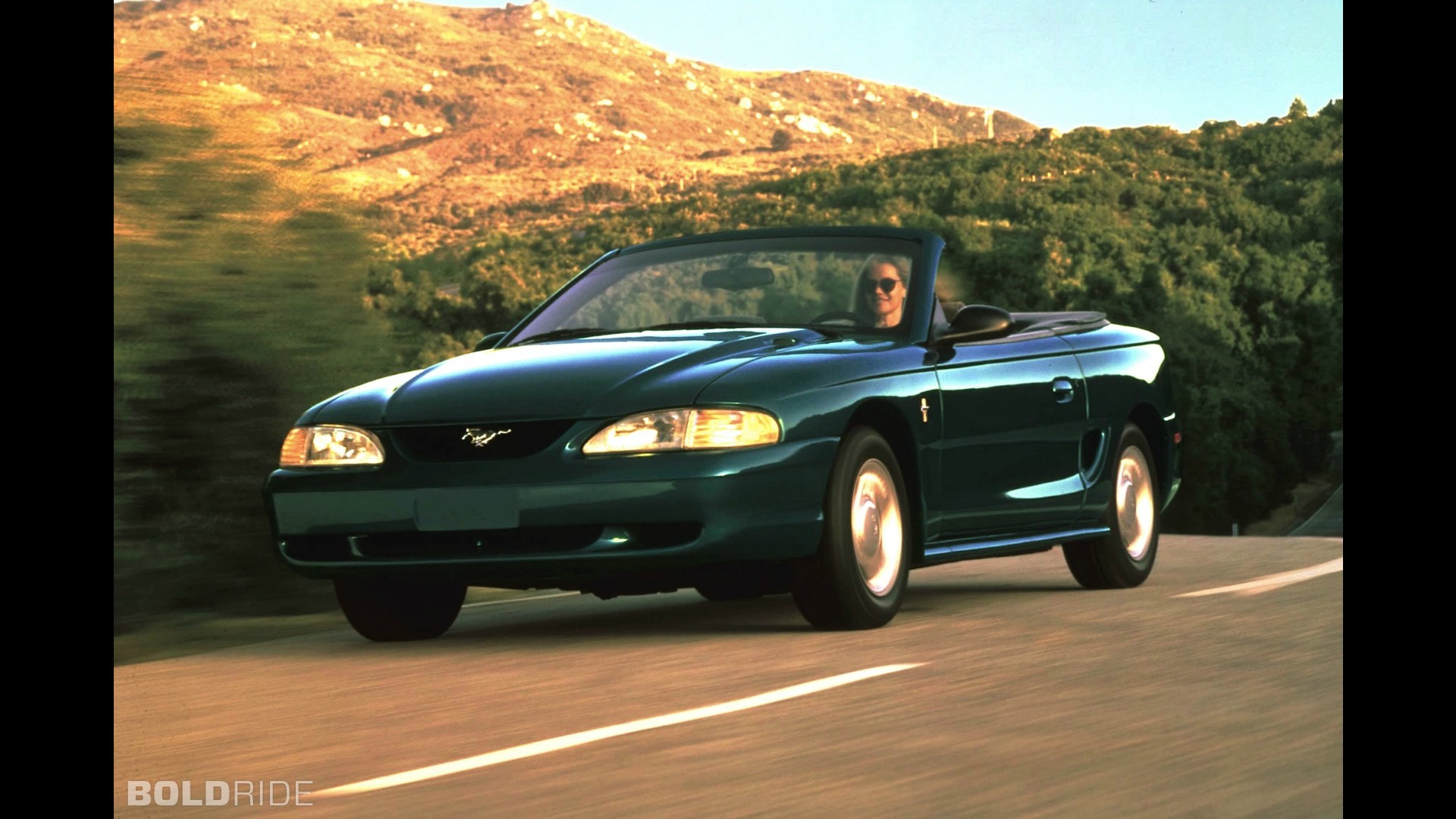 Ford Mustang V: цена, технические характеристики, фото ...