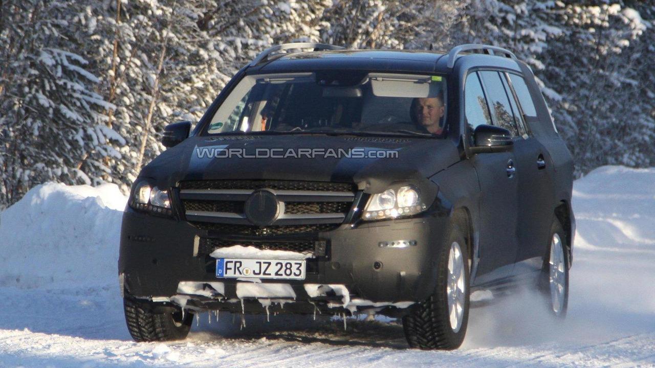 2012 Mercedes-Benz GL spied 24.02.2011