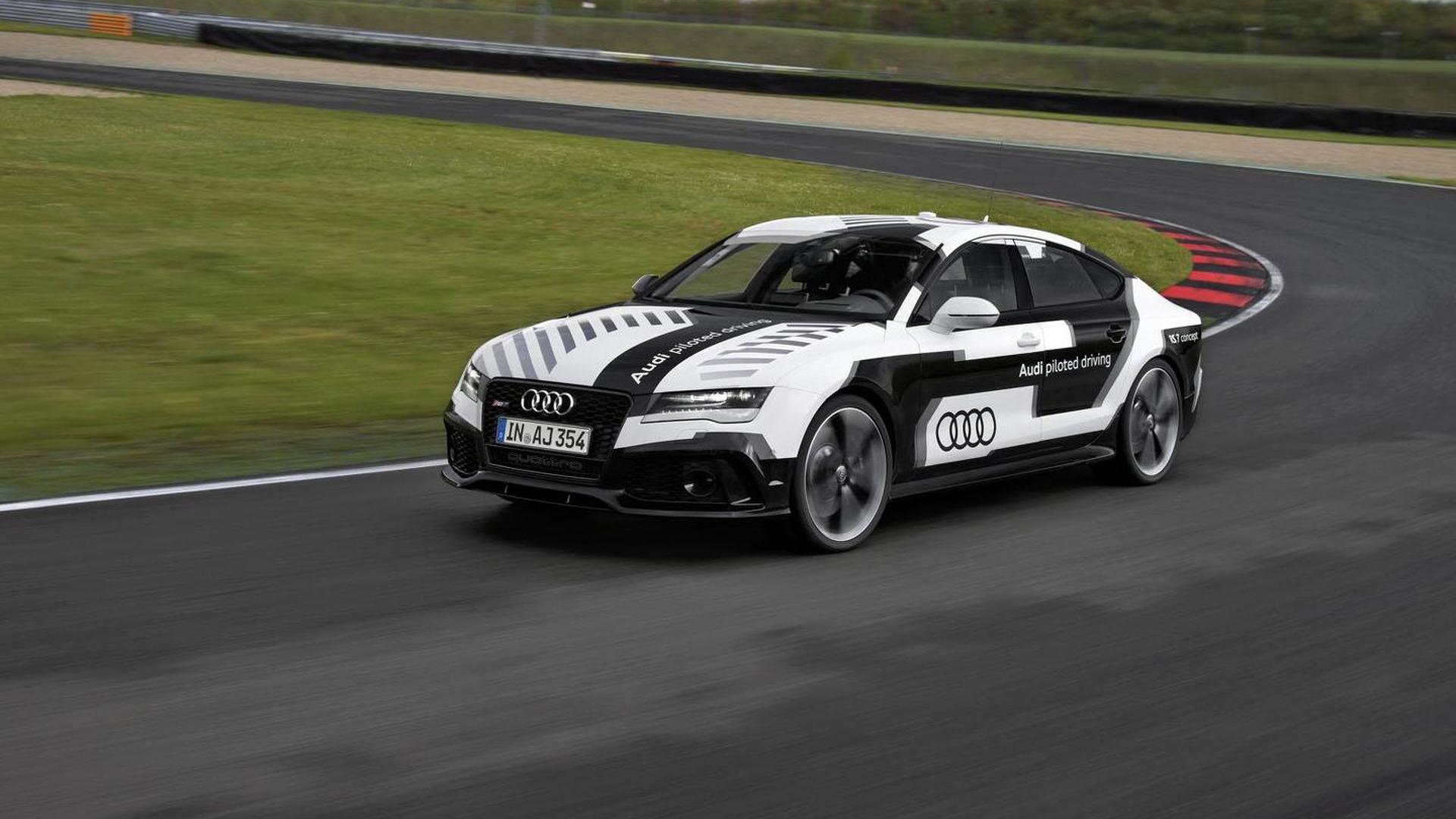 Гоночные испытания Audi RS7 Piloted Driving Concept