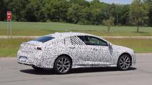 2018 Buick Regal GS casus fotoğrafları