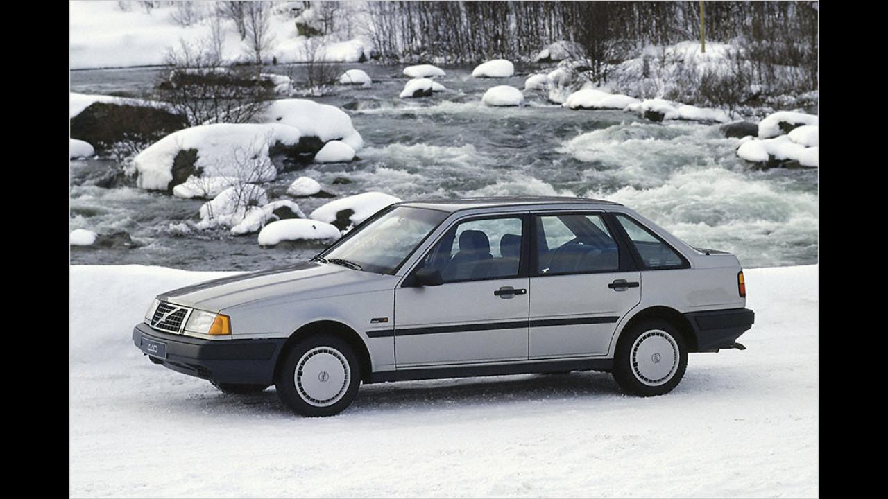 Volvo 440 (1990)