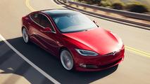 Un homme sauve une vie avec sa Tesla !