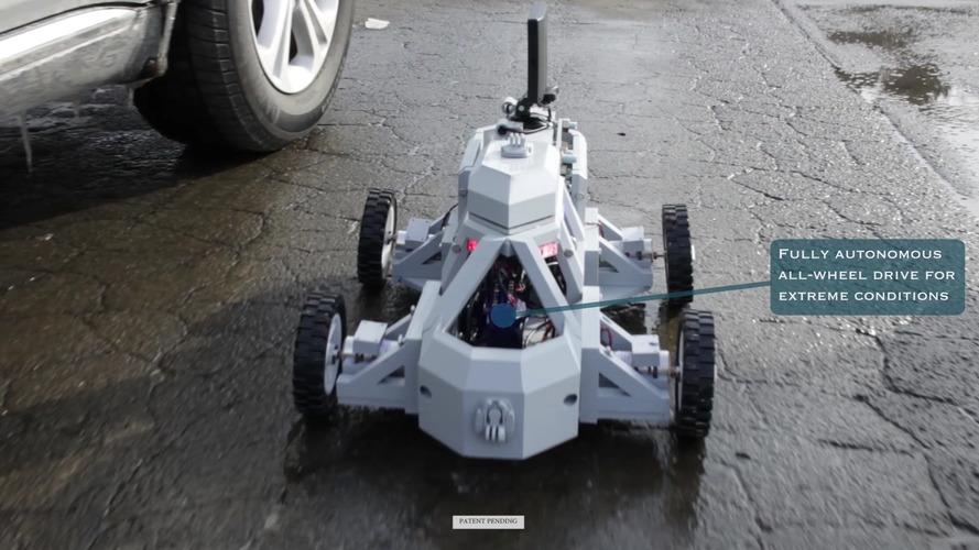 Sentinel robot hopes to make traffic stops safer