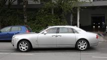 2014 Rolls-Royce Ghost facelift spy photo 05.11.2013