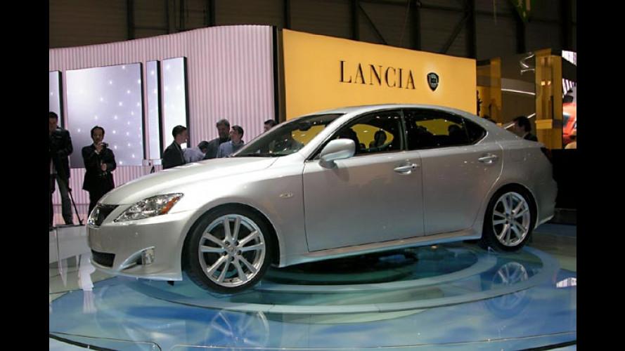 Neuer Lexus IS mit völlig neuen Motoren kommt im Herbst