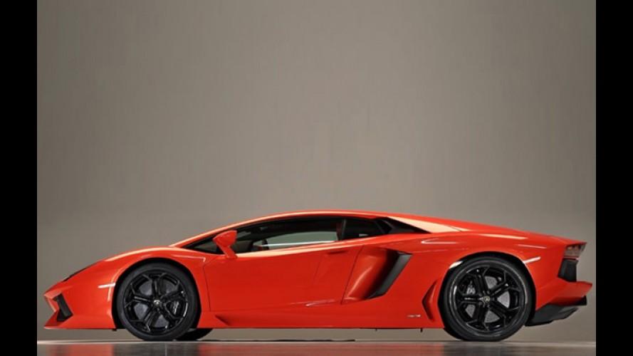 Nova foto da Lamborghini Aventador cai na rede