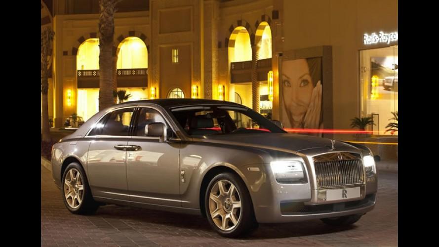 Crise? Rolls Royce registra recorde de vendas em 2013