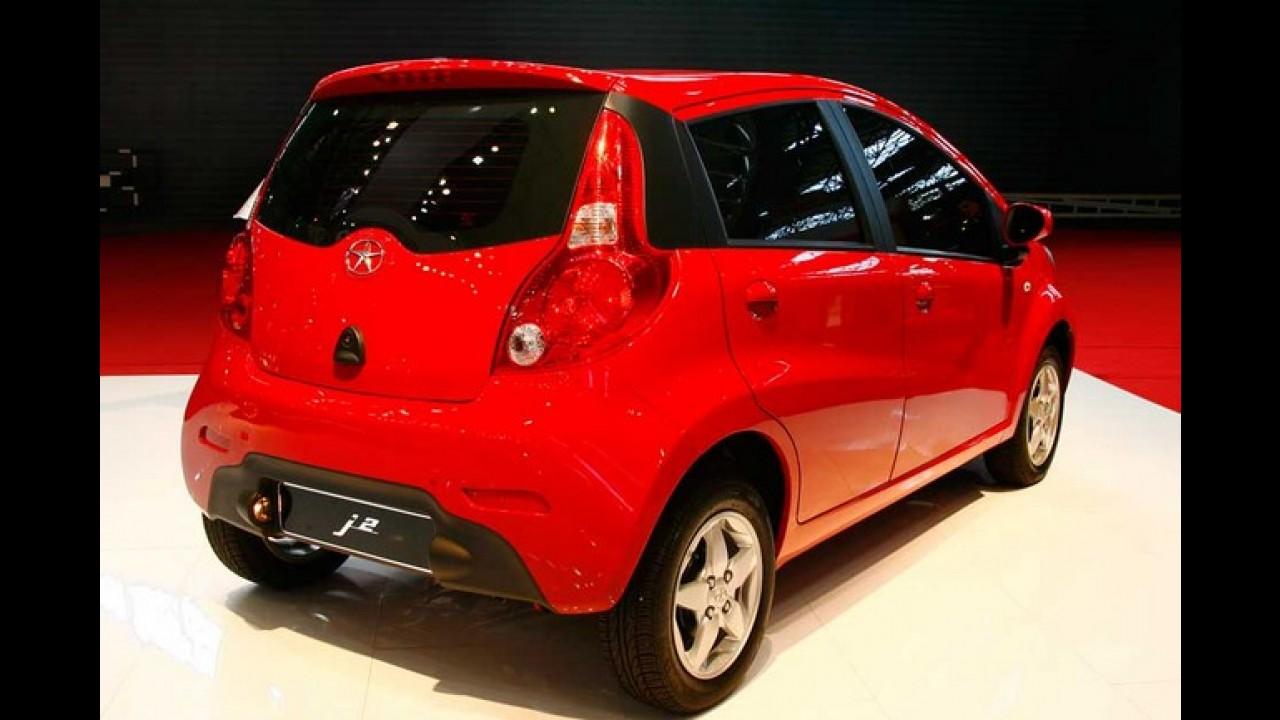 JAC J2 é a principal atração da marca no Salão do Automóvel