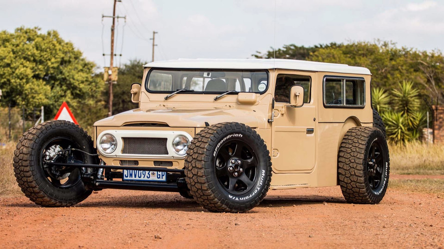 This Custom Toyota FJ40 Land Cruiser Hot Rod Redefines Awesome