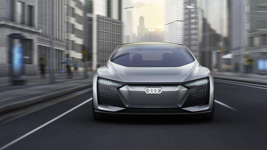 Szemez a forgalommal az Audi önvezető koncepciója, az Aicon