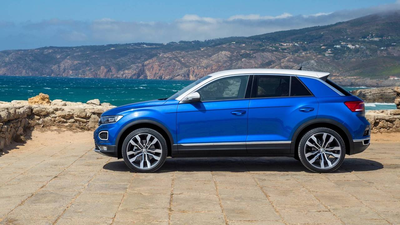 2017 volkswagen t roc review a fashion first vw. Black Bedroom Furniture Sets. Home Design Ideas