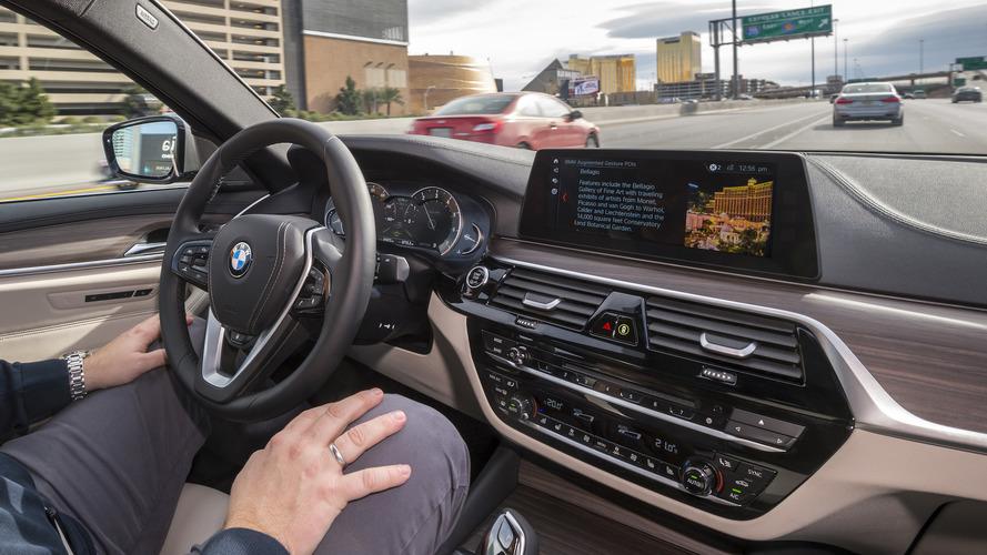 BMW tendrá un vehículo 100% autónomo en 2021