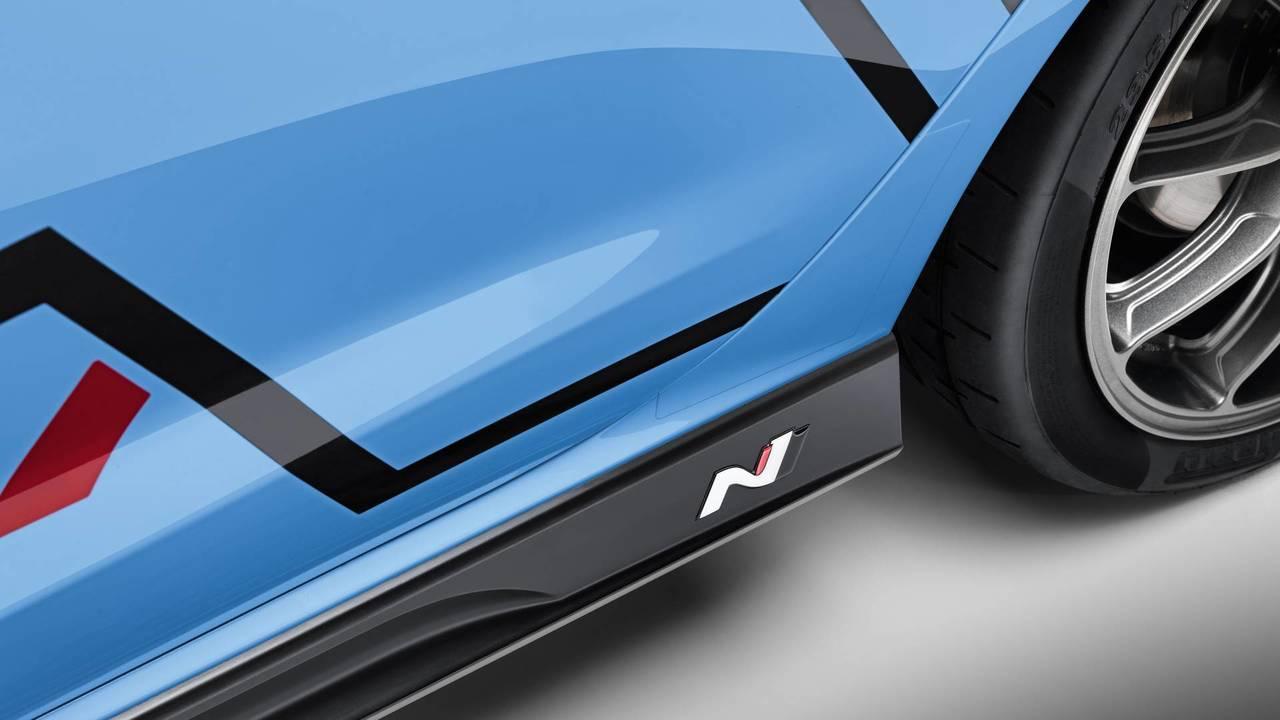 La Hyundai I30 N S Encanaille Avec De Nouveaux Accessoires