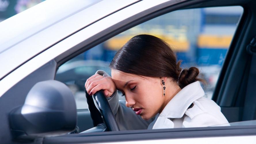 Rilevazione dell'affaticamento del guidatore, che cos'è e a chi conviene