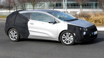 Kia pro_cee'd facelift spy photo