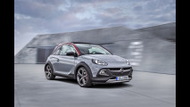 Opel Adam Rocks S: un po' crossover, un po' sportiva