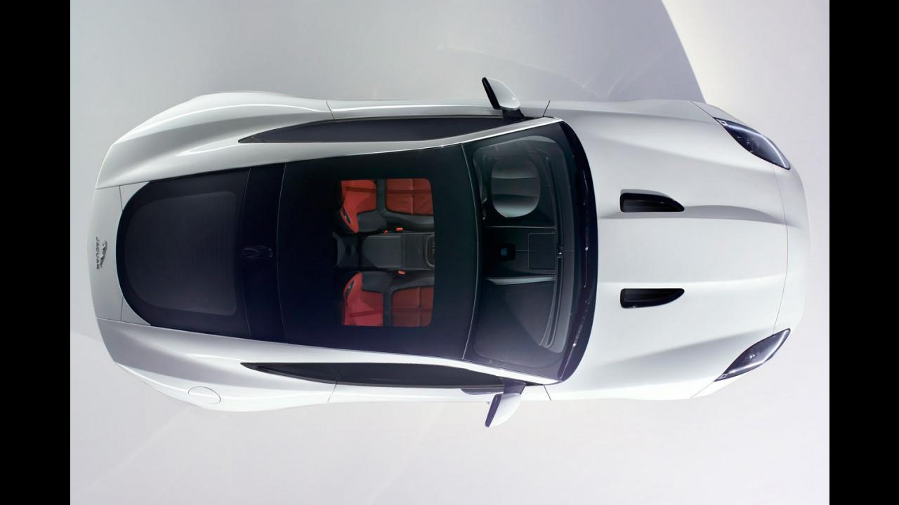 Jaguar F-Type Coupe, la prima foto