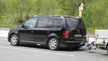 2011 VW Touran MPV First Spy Photos