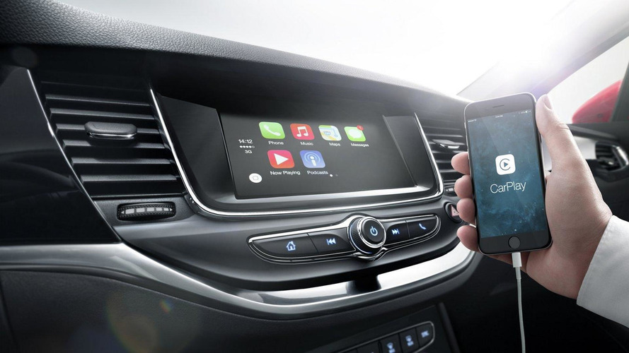 Opel highlights the connectivity systems in the 2016 Astra [video]
