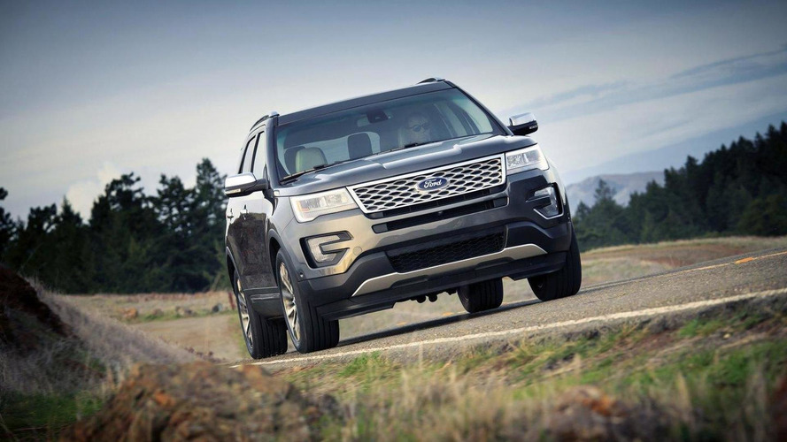 2016 Ford Explorer Platinum gets detailed