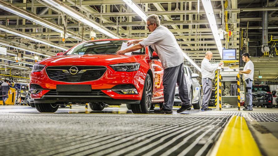 Opel, PSA çatısı altındaki yeni stratejik planını açıklayacak
