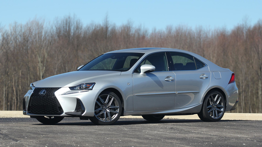 2017 Lexus IS200t: Review