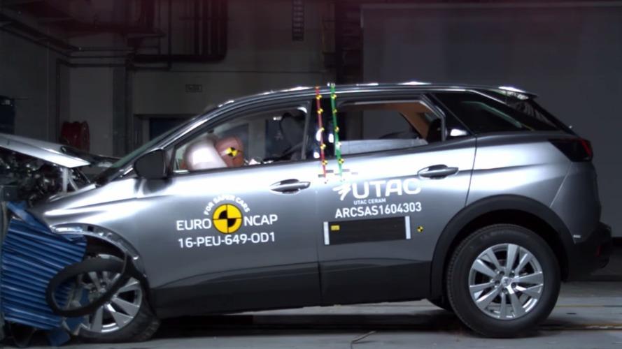 Vidéo - Cinq étoiles pour le crash test des Peugeot 3008 et Renault Scenic