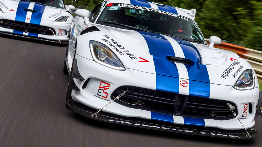 Visszatért a Viper a Nürburgringre, 7 perc alatti időt futna