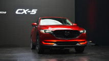 Nuova Mazda CX-5 al Salone di Los Angeles 2016 006