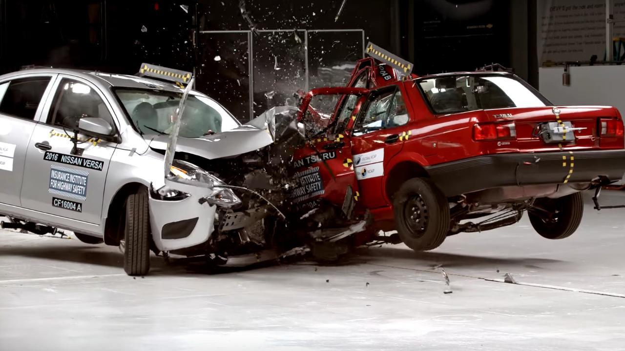 ABD ve Meksika'nın ucuz Nissanları kaza testinde karşı karşıya geldi