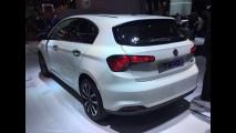 Paris: Fiat estreia versão perua do Tipo e nega lançamento da linha no Brasil