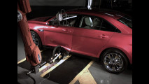 Insoliti crash test per Ford