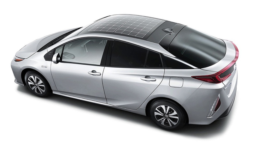 U.S. won't get solar roof option for Toyota Prius Prime right away
