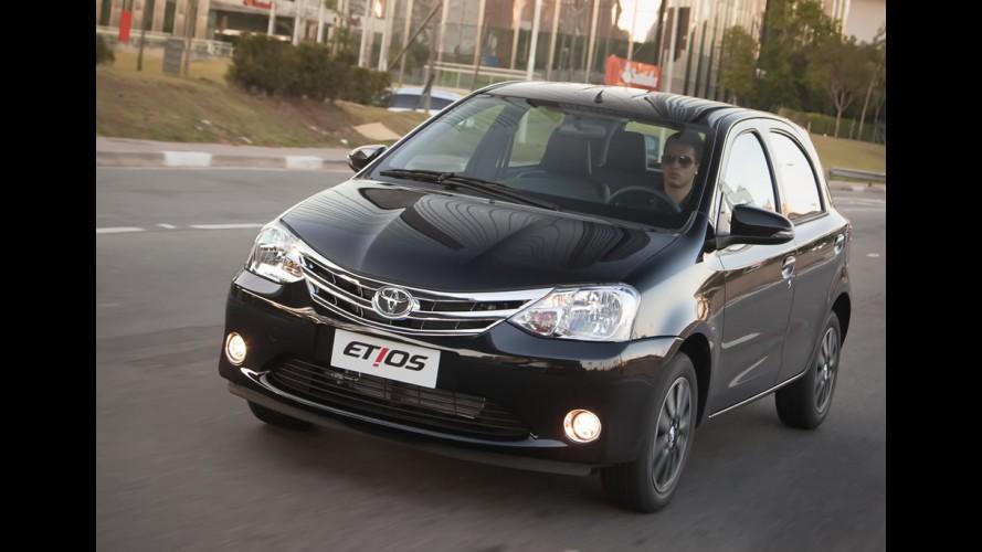 Na contramão do mercado, Toyota abre 500 vagas nas fábricas do Etios