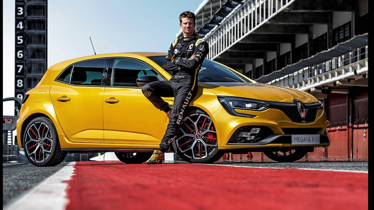 renault megane rs trophy breaks cover with more power and torque. Black Bedroom Furniture Sets. Home Design Ideas