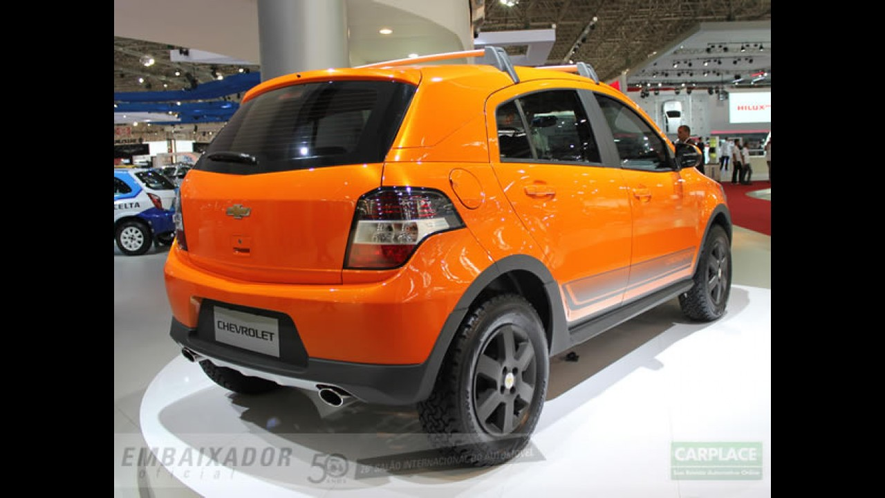"""Salão do Automóvel: Chevrolet exibe o """"tunado"""" Agile Crossport - Veja fotos"""