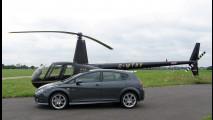 In Inghilterra compri una Seat e piloti un elicottero