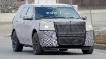 Ford Explorer ST Spy Photos