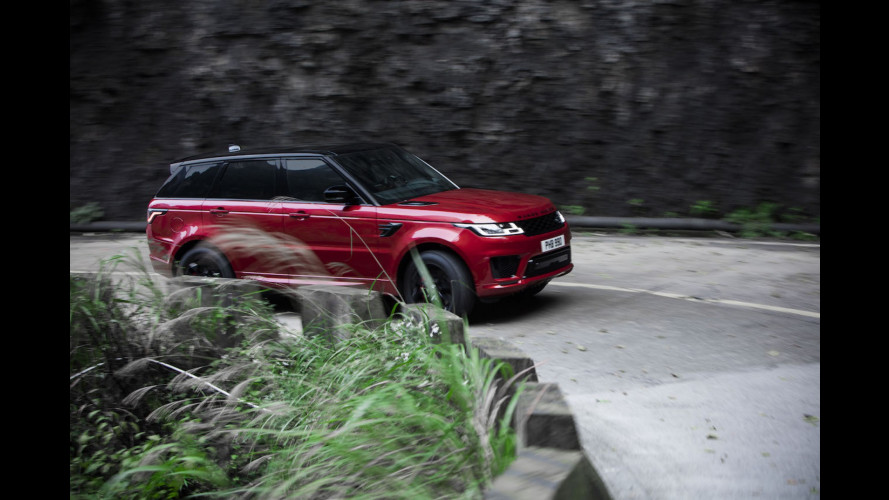 Range Rover Sport PHEV, verso le porte del paradiso