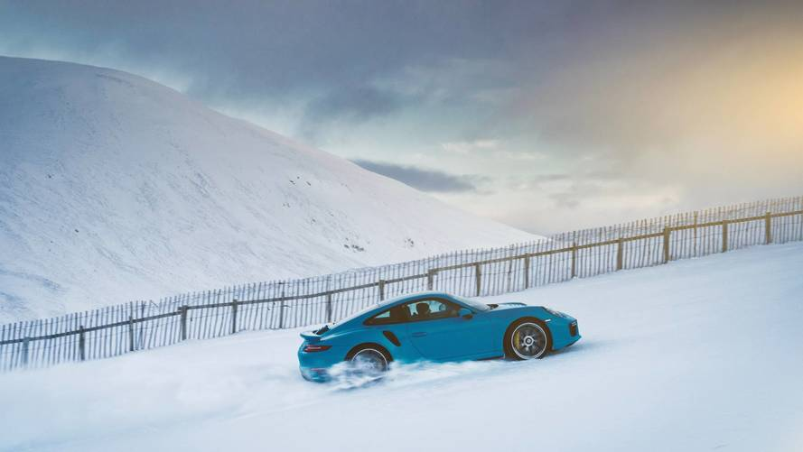 Porsche 911 Turbo S Puts AWD To Work By Hustling Up A Ski Slope