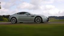Aston Martin V12 Vantage in Hardly Green