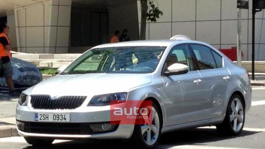 2013 Skoda Octavia sedan shows its face, new teasers released