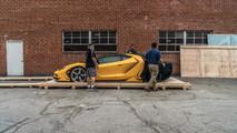 Sarı Lamborghini Centenario