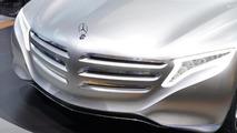 Mercedes-Benz F 125! research vehicle live in Frankfurt 13.09.2011