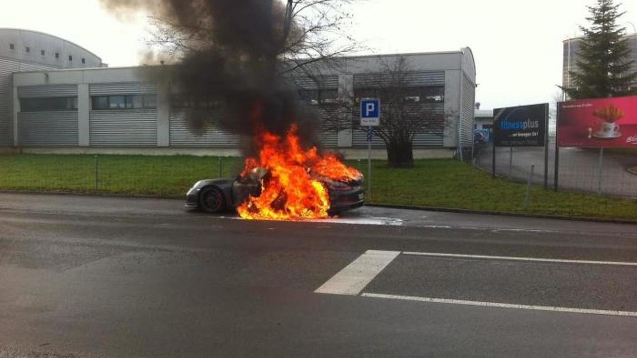 Porsche 911 GT3 fire in Switzerland