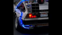 DeLorean Back to the Future 1:8 scale model